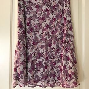 Women's Burgundy and Pink Floral Skirt Size Med